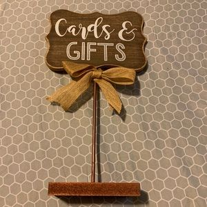 Rustic Cards & Gifts Sign